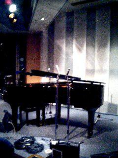 ライブ会場のピアノ