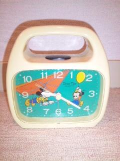 目覚まし時計(祖父の形見)