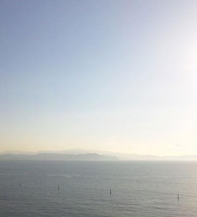 鳴門の空と海