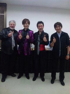 右から中尾さん、宮崎さん、竹島、クリスさん